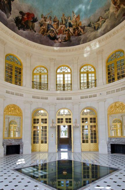91 best chateau louis xiv images on pinterest chateau for Chateau louis 14 louveciennes