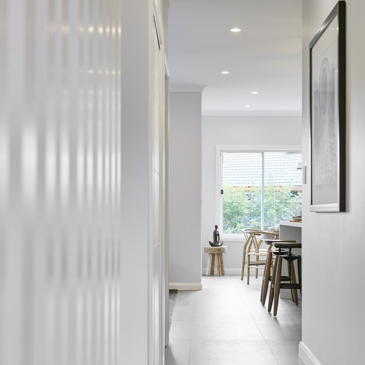 #entrance #hallway #white #natural #timber #wood #breakfastbar #kitchen #tiles  #naturallight