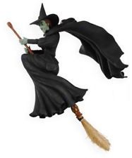 Wicked Witch Of The West Flying On Her Broom 25+ best ideas about W...