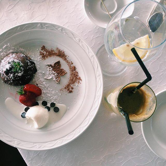 Сижу в университете и скидываю вам чудные летние воспоминания! ☁️ #instafood #tastyfood #healthyfood #iphonephoto #likeforlike #followme  #vscogood #vsco #instagood #photooftheday #summer #bestvsco #iphonephotography #sunnyday #instabelarus #vscoeurope #likebackteam  Yummery - best recipes. Follow Us! #tastyfood