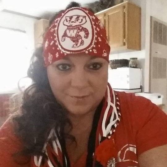 I make amazing team bandanas and stretchy headbands you can get bandanas with a no tie option in back FREE SHIPPING click this link to zip right to see them all #chicagoblackhawks #philadelphiaeagles #raiders #chicagobears #gopackgo #vikings #skol #minnesota #gophers #superbowl #superbowl51 #nygiants #nfl #mnwild #patriots #steelers #cowboysnation #rams #denverbroncos #broncos #goblue #texans #newenglandpatriots #gobrazen #raiders #seahawks #chiefs #49ers #detroitlions #saints…