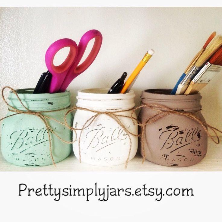 Set di 3 vasi di muratore bocca larga d'ELITE - dipinto - afflitto - arredo bagno - ufficio forniture - rustico - Oggettistica per la casa - cucina - vaso di fiori di PrettySimplyStudio su Etsy https://www.etsy.com/it/listing/237436545/set-di-3-vasi-di-muratore-bocca-larga
