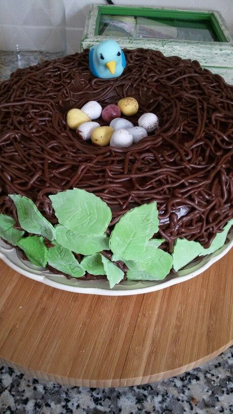 ♦Easter cake/ Bolo de Páscoa♦ Bird nest/ Ninho de pássaro♦Homemade/ Feito em casa♦ Mafalda ♦