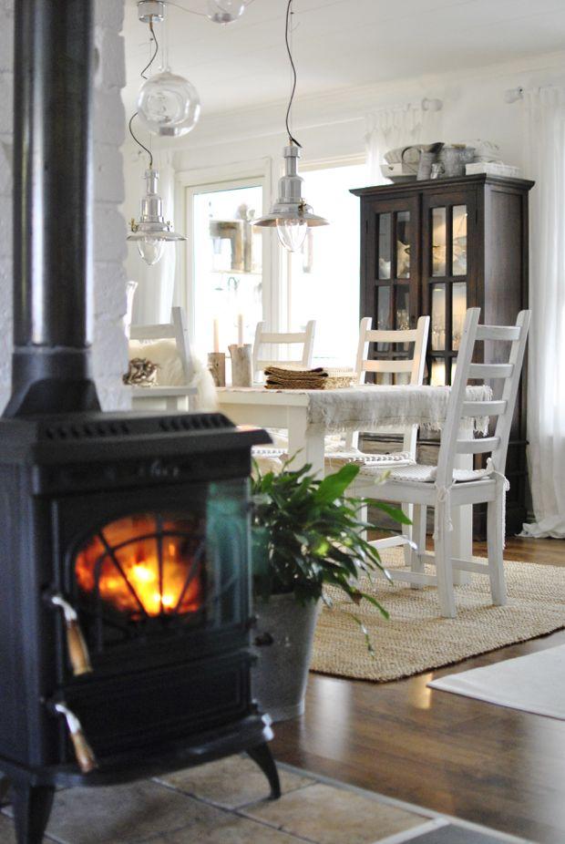 hannashantverk.blogspot.se matrum kamin vitrinskåp