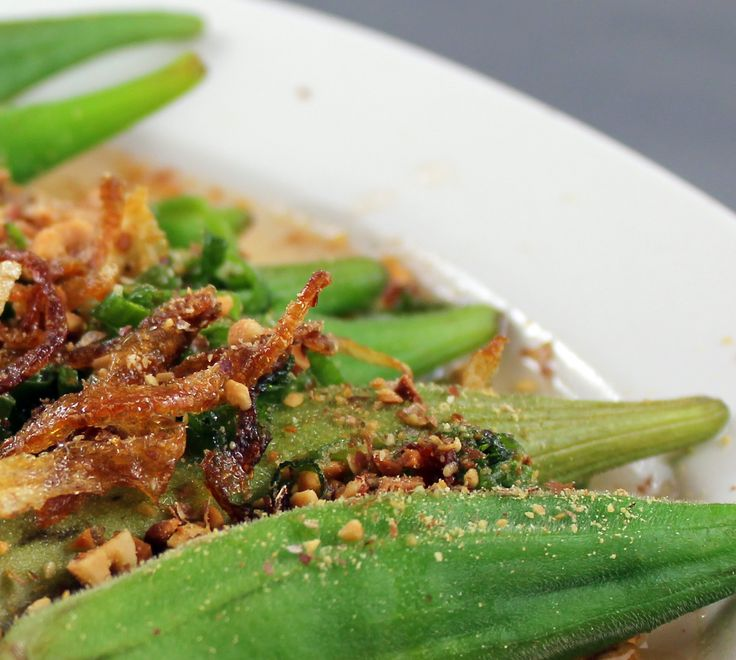 Okra, with caramelized onions, roasted peanuts and sauce