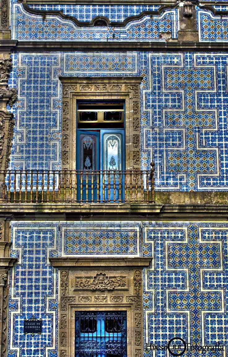 La Casa de los Azulejos #Mexico City