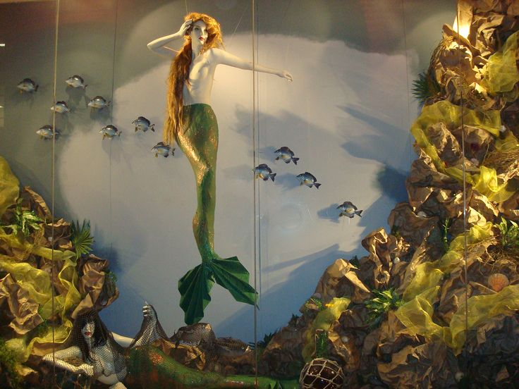 https://flic.kr/p/axyoDd | mermaid | @ Partow Gallery | mannequin window display