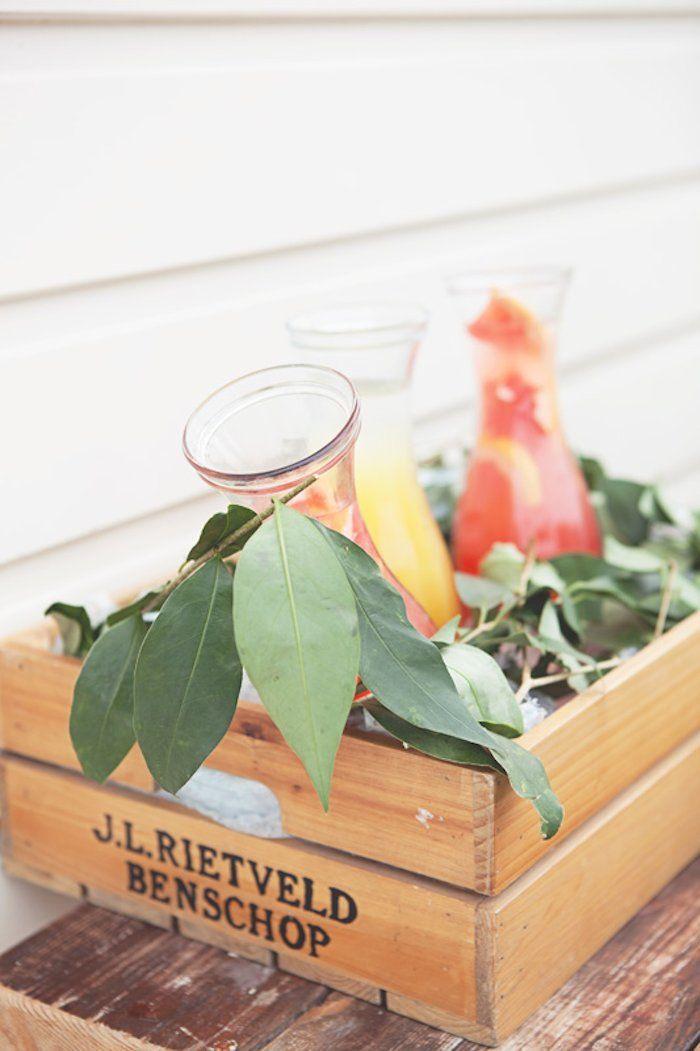 Este chá é tão bonito e as ideias funcionamperfeitamentenão só para um chá de panela, mas um chá de fraldas ou aniversário também! Odécorestá demais e se você gosta do estilo rústico + boho, tenho certeza que você vai adorartodosos detalhes♥  • Naked Cake ou Bolo pelado com o topo em flores naturais #muitoamorgente! …