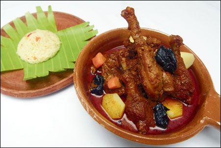 La deliciosa receta del famoso Gallo en Chicha directamente a su casa. Hagalo usted misma y deleite a su familia con nuestro saborcito Salvadoreño.