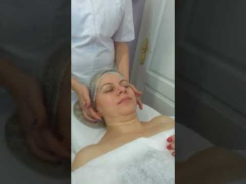 Masaje facial,parte 2,curso de Estetica profesional, academia Clio Clinic