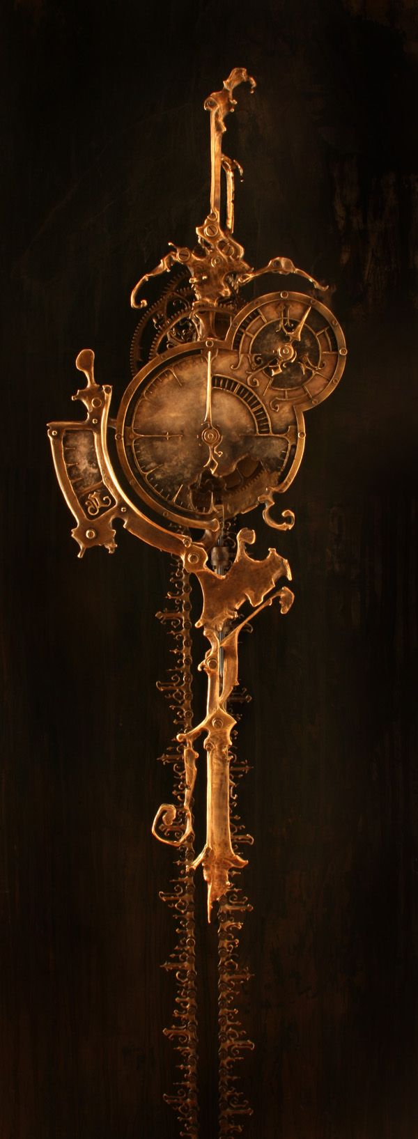 'Only the chain remains' - amazing clock by ericfreitas