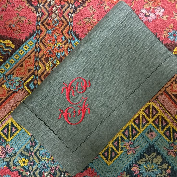 gianna signature colour monogrammed linen napkins