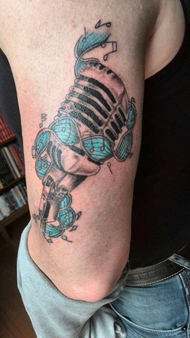Oldskool mic tattoo (unfinished)