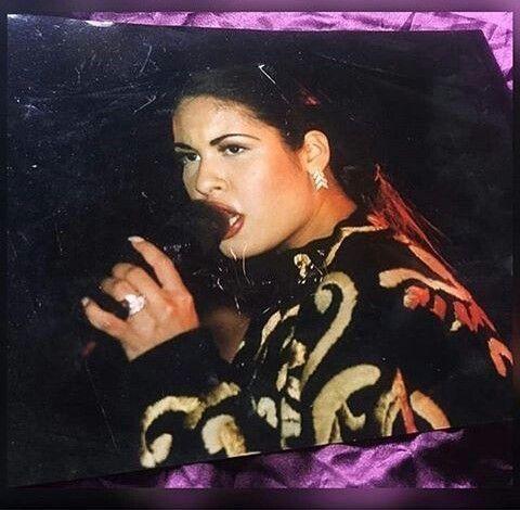 Rare Selena picture