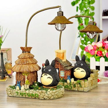 Home Decoration Resin Crafts Miyazaki Hayao Athletics Japanese Grocery Creative Totoro Reading Lamp Gift