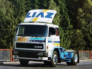 Škoda-LIAZ 110.581 tractor '1985–89