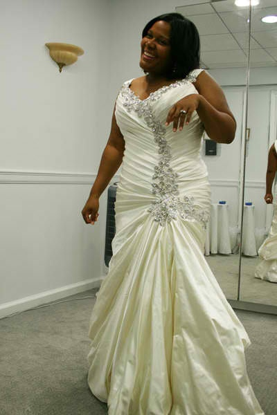 plus size pnina tornai love it wedding ideas
