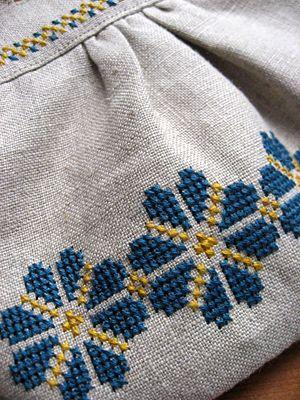 Cross stitch over diy handbag (2)