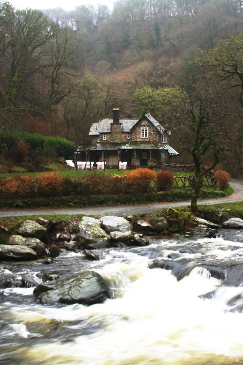 5Cabin, Stones Cottages, Dreams Home, Country Farms House, Autumn Scenery, Future House, Dreams House, Trees House, Places