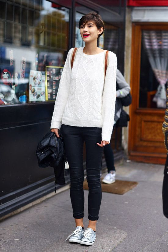 leather leggings, cable knit sweater & tennies #streetstyle #allstars #ELLE