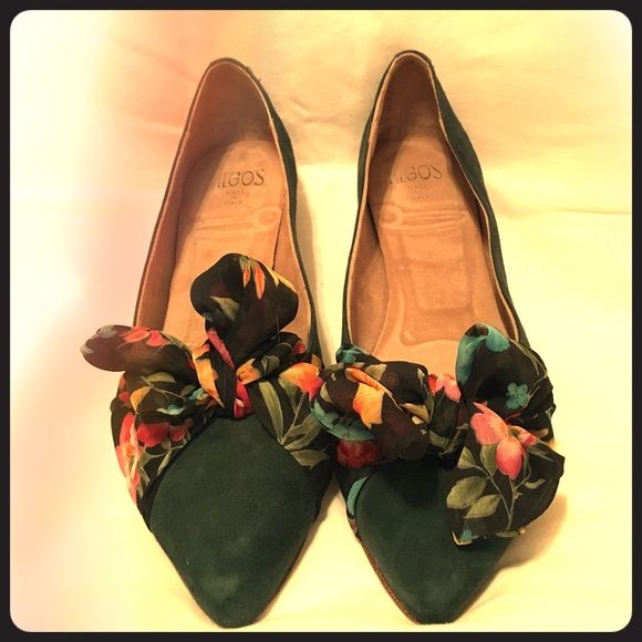 Italian suede flats in forest green with bows These green suede flats are very comfortable and dress up any outfit. They were made in Italy and I bought them at Nordstrom. Worn once for my wedding. The sheer floral bows on top can be re-tied to your liking. Hego's Shoes Flats & Loafers