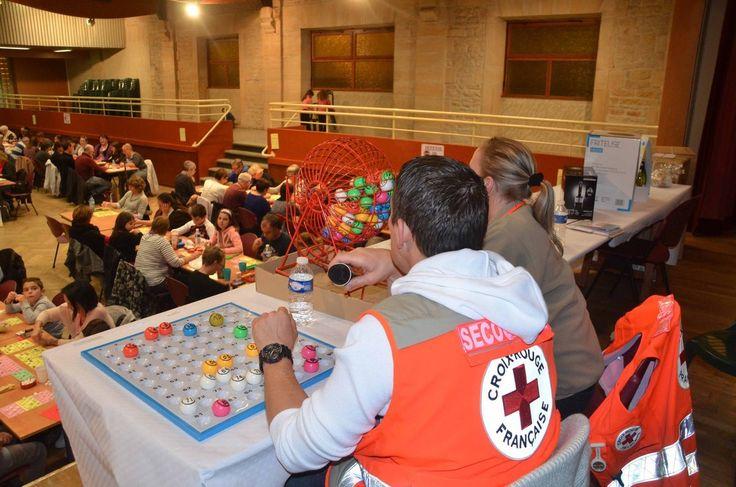 L'unité du Val de Saône de la Croix rouge a terminé ses activités de l'année samedi soir à la salle des fêtes de Pont-de-Vaux avec son loto annuel qui a réuni environ deux cents personnes. Nombre qui était en soi satisfaisant pour Geneviève Gauthier,...