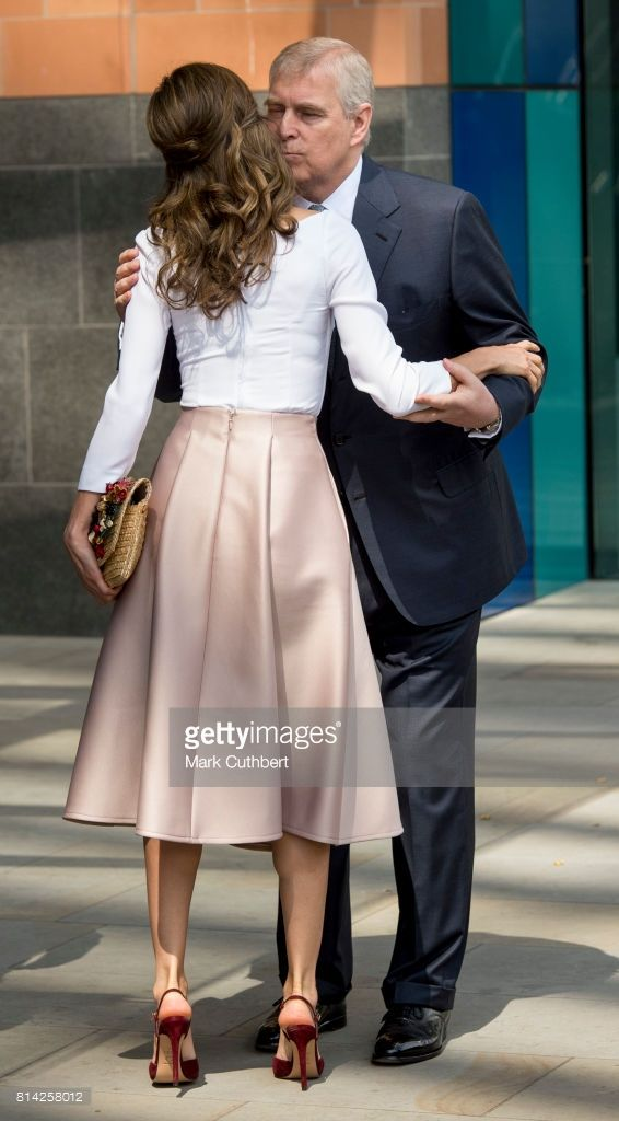 Queen Letizia of Spain and Prince Andrew, Duke of York visit the Francis Crick Institute during a State visit by the King and Queen of Spain on July 14, 2017 in London. This is the first state visit by the current King Felipe and Queen Letizia, the last being in 1986 with King Juan Carlos and Queen Sofia. Flared flowing neutral leather skirt