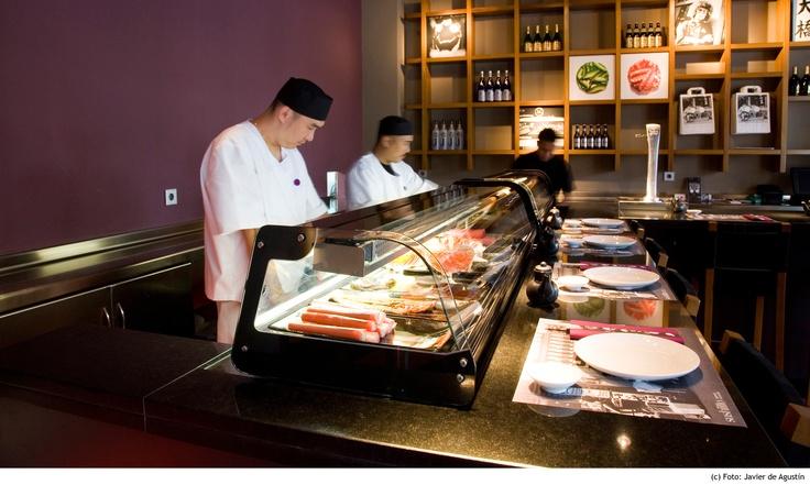 Sushiitto: Identidad cadena de restaurantes japoneses  Sushiitto: identity for a chain of japanese restaurants  Sushiitto: Identitat cadena de restaurants japonesos  Sushiitto: Identität für eine japanische Restaurantkette