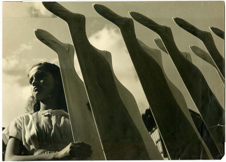 Fàbrica de medias, Medellin, Colombia, ca 1949, 47.3 x 34 cm, Courtesy, Fundación Leo Matiz