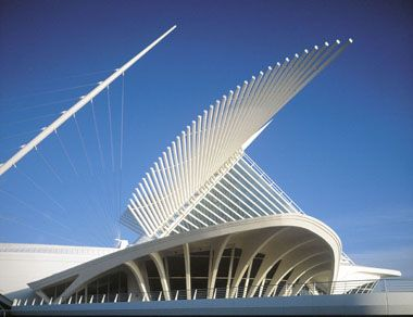 Santiago Calatrava - Milwaukee Art Museum - Milwaukee Wisconsin - 1994-2001