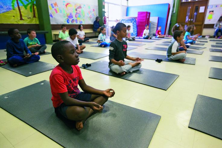 Expresso | Xadrez, ioga e esgrima já estão nas escolas públicas