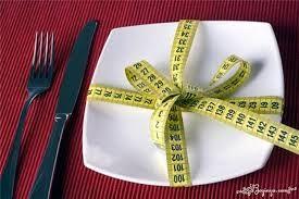 Жесткие требования к тому, что кладете в рот. Пускай не диета, но стопорить себя нужно.