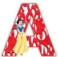 Alfabeto de Blancanieves con letras con arabescos en rojo.