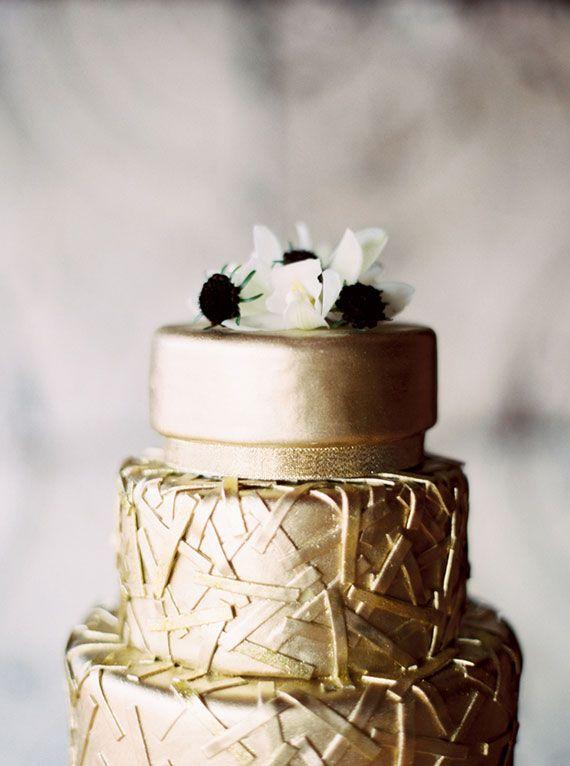 Sparkly Gold Wedding Ideas Photo By Emily Jane