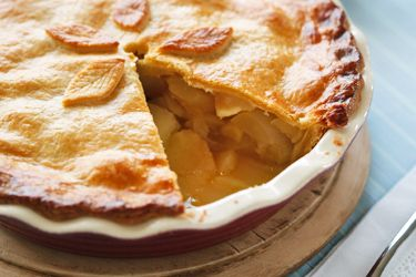 Ask Peter: How to bake an apple pie without a soggy base