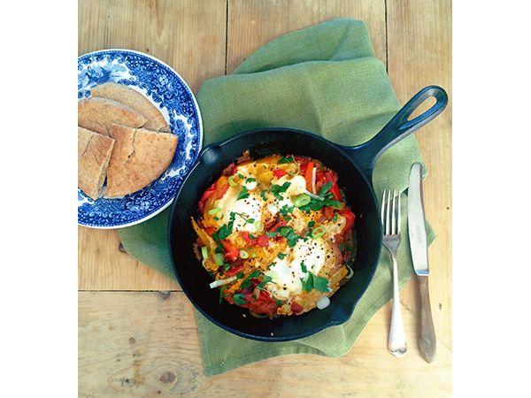 Arabische Shakshuka recept >> The Lion Kitchen   http://www.yourlittleblackbook.me/nl/arabische-shakshuka/