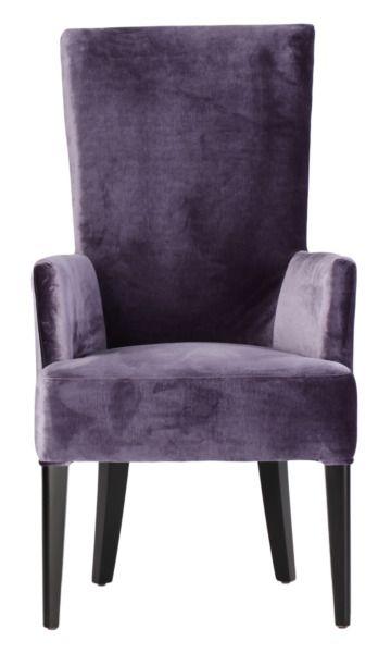 Размер (Ш*В*Г): 61*111*76 Аристократичный цвет и форма, напоминающая трон – эти стулья просто созданы окружать массивный деревянный стол в стиле Ар-Деко. Впрочем, если роскошь, пусть даже очень сдержанная, не отвечает Вашим представлениям об интерьере, такие предметы могут украсить собой и строгое, неяркое пространство столовой.             Материал: Ткань, Дерево.              Бренд: MHLIVING.              Стили: Арт-деко.              Цвета: Фиолетовый.