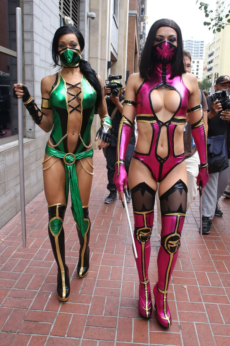 Cosplay of Jade and Adrianne Curry