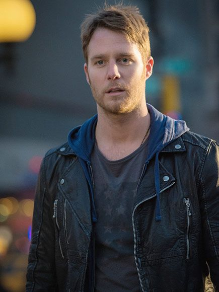 all TV Crushes! See Which 24 Stars Have Already Stolen Our Hearts | JAKE MCDORMAN | Where You'll See Him: As a failed musician who becomes an FBI consultant after getting his hands on a mind-opening drug on Limitless, the new CBS show based on the 2011 film.