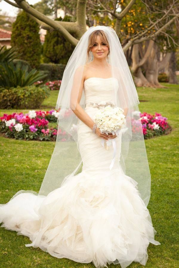 22 best bridal beauty images on pinterest the bride for How to get wrinkles out of wedding dress
