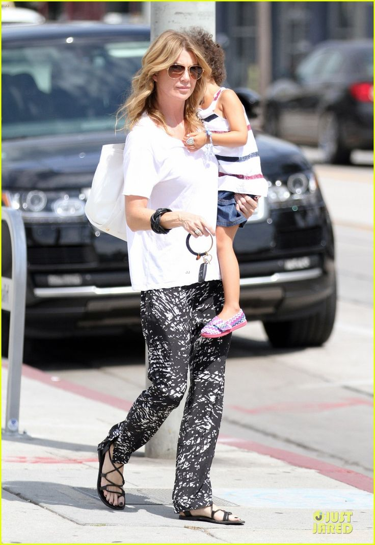 Ellen Pompeo heads out with her daughter Stella on July 26, 2013