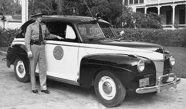 Fhp 1944 Ford Deluxe Police Cars State Police Emergency Vehicles