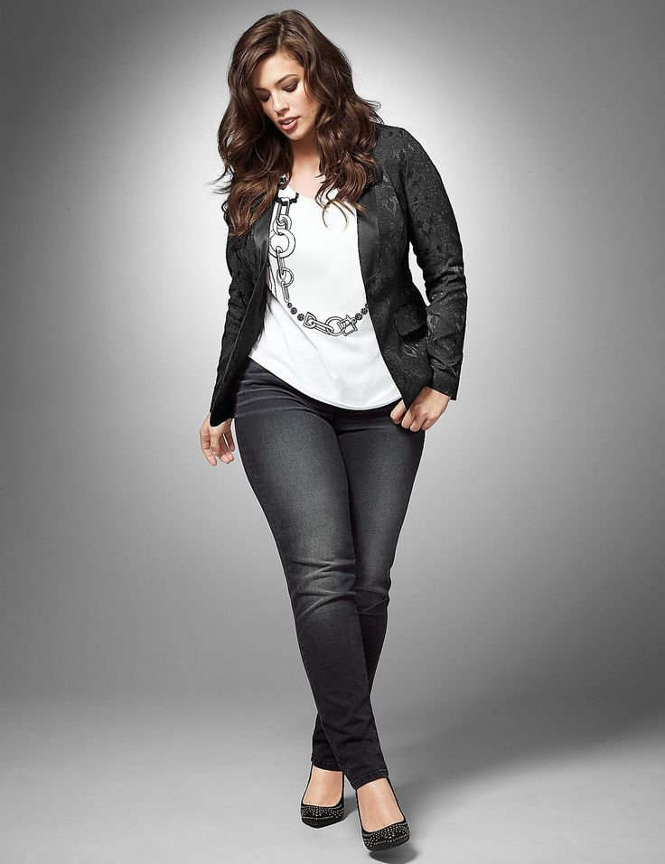 Skinny jeans, graphic tee, basic jacket and flats #plus_size_fashion