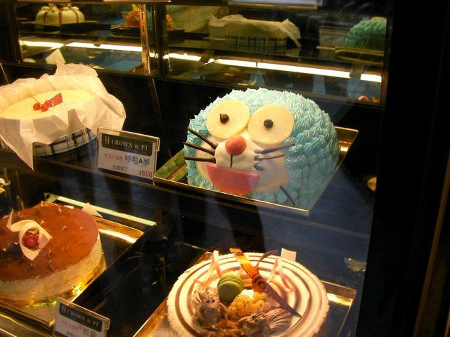 ドラえもんみたいなケーキ