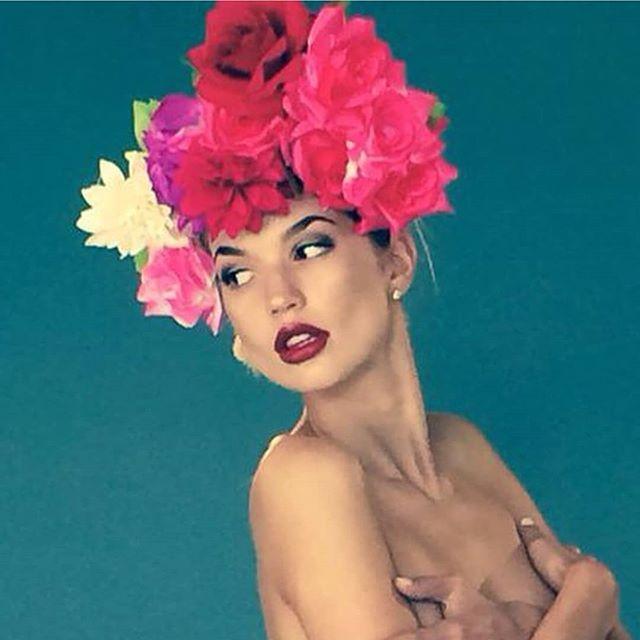 Commercial with Malin Eld and  @klarakassman (@mikasstockholm )Allt om Bröllop Magazine Makeup/ hair me @miladreamteam and this is my mobile photo.🙈  info : www.dreamteamsrockholm.com #makeup#mila#miladreamteam #hairstyling #milazulfiyeva #sminkösmila #hårstylistmila #sminkstockholm #hårstylingstockholm #alltombröllop #pinturadelacara #brudmakeup#brudhaistyling#weddinghair #weddinghairdo #weddingmakeup #bridemakeup #bridehair #bridehairstyle #commercial #magazin #dreamteamstockholm