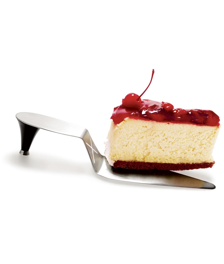 High heel cake server
