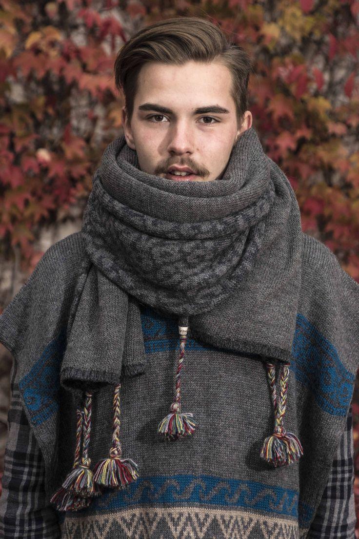 Der Jacquardstrick-Schal aus 100% Babyalpaka ist unser XXL Schal, zum verlieben. Ein #persönliches #Alpaka-Lebensgefühl für #Natur und #Umwelt. #Handgefertigtes #Alpaka-Lifestyle legt seinen persönlichen #legeren #ässigen  #Modetrend. Das #Frauenprojekt von #Alpakita, fertige #Strickpullover, #Strickmäntel, #Strickjacke, #Tunikas, #Strickjanker, #Ponchos und #Accessoires für #Damen, #Herren, #Kinder und #Babys.