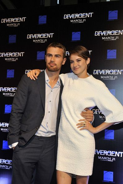 Shailene Woodley and Theo James Photos - SiriusXM's Entertainment Weekly Radio Channel Broadcasts From Comic-Con 2014 - Zimbio