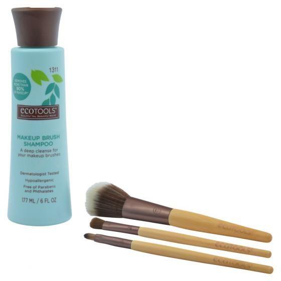 ECOTOOLS Makeup Brush Shampoo, δερματολογικά ελεγμένο σαμπουάν καθαρισμού πινέλων. Αποκτήστε το από το aromania.gr μόνο με 10,00€! #aromania #ECOTOOLS