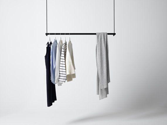 Hangende kleding rek van GeorgeandWilly op Etsy